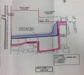 青は現在の市道2197。これは廃止予定。 ピンクが新しく整備予定の生活道路。